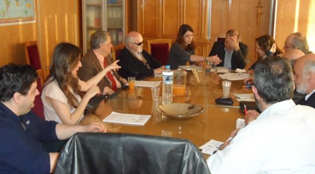 Α. Χαροκόπος : Συνάντηση με τον Δ. Στρατούλη για τα ΑμεΑ